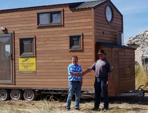 Une tiny house a été installée sur le terrain du film culte «Crésus»